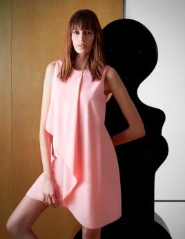 Vestido drapeado da Pinko. Uma boa ideia para uma cerimónia especial ou para o dia-a-dia