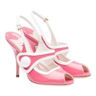 Sapatos Miu Miu (PVP:575 euros em www.store.miumiu.com)