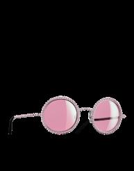 Óculos de sol Chanel (a partir de Novembro em www.chanel.com)