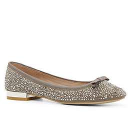 Sabrina Onara, Aldo Shoes, (preço sob consulta.
