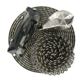 Alfinete de peito, Pedra Dura