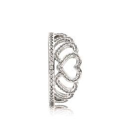 Anel Hearts Tiara, Pandora, prata e zircónias (PVP: 49 eur)
