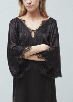 Vestido debruado a renda (PVP: 35,99€) www.mango.com.pt