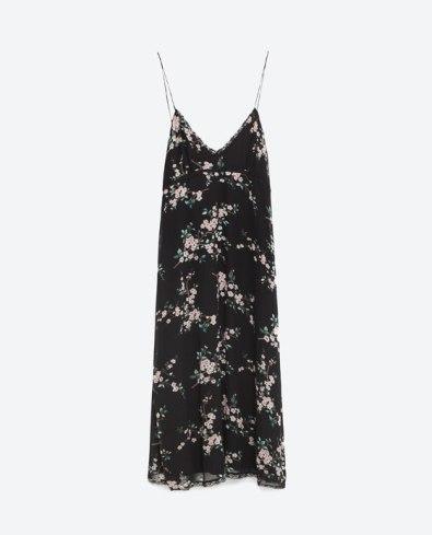 Vestido (PVP: 29,95€) www.zara.com.pt