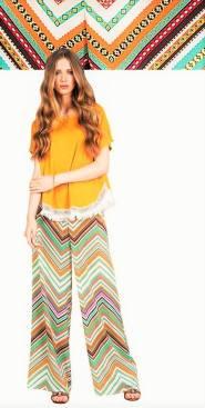 Uma boa ideia para os festivais de verão. Este look colorido é sugerido pela loja La Bohéme.