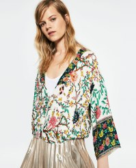 Quimono estampado Zara (PVP: 29.95 €)