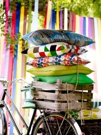 Almofadas coloridas Ikea
