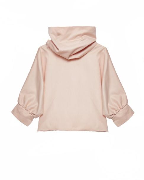 O rosa pálido é uma das cores do Inverno. Gonçalo Peixoto, Top com gola alta PVP: 98,40€