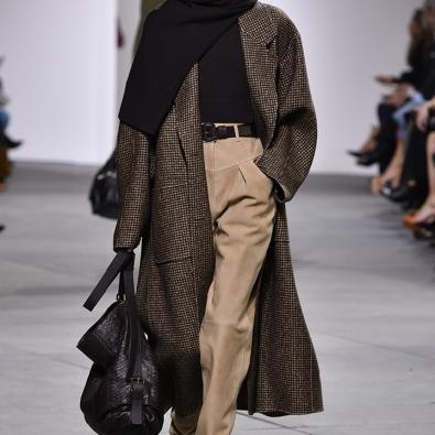 Quando o frio aperta exige-se um bom casaco comprido. www.michael kors.com