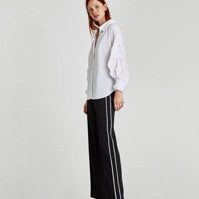 Com ténis, ou sneakers, pode ir ás compras ou trabalhar, com estes sapatos está perfeita para uma reunião formal ou um jantar. Look total em Zara.pt