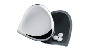 Porta medicamentos Alessi. PVP: 24,95 eur. em www.lojainexistencia.pt