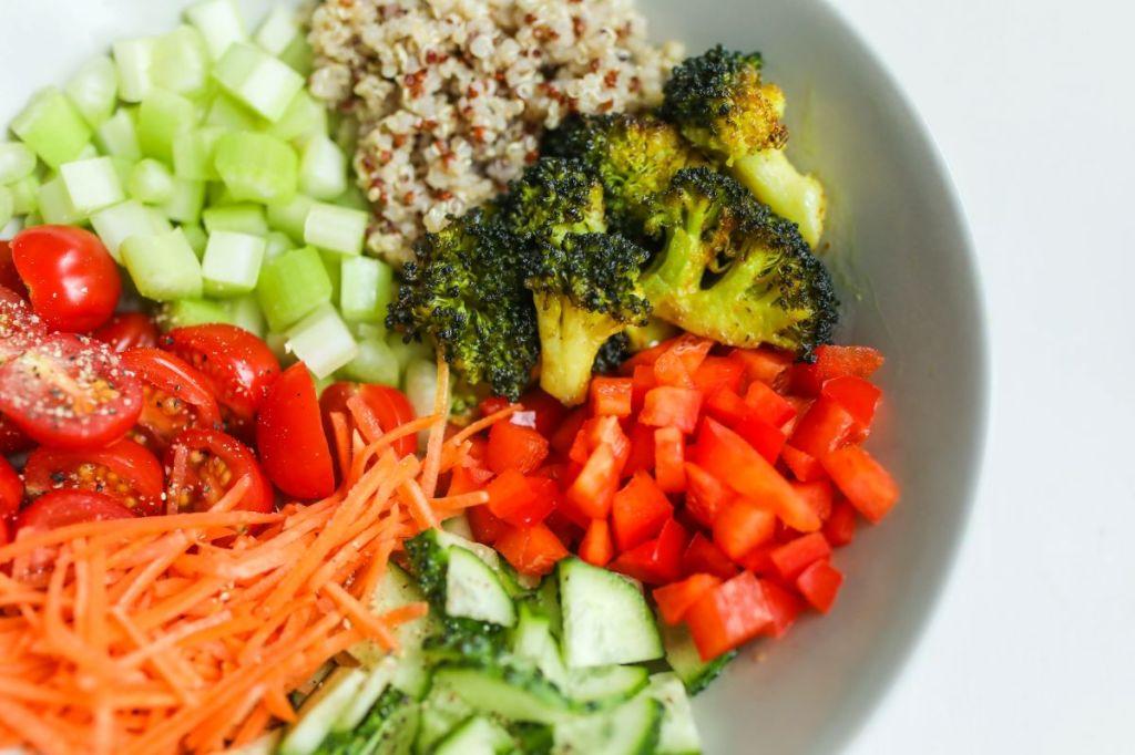 Crus ou cozinhados? Quais e como ficam mais nutritivos!